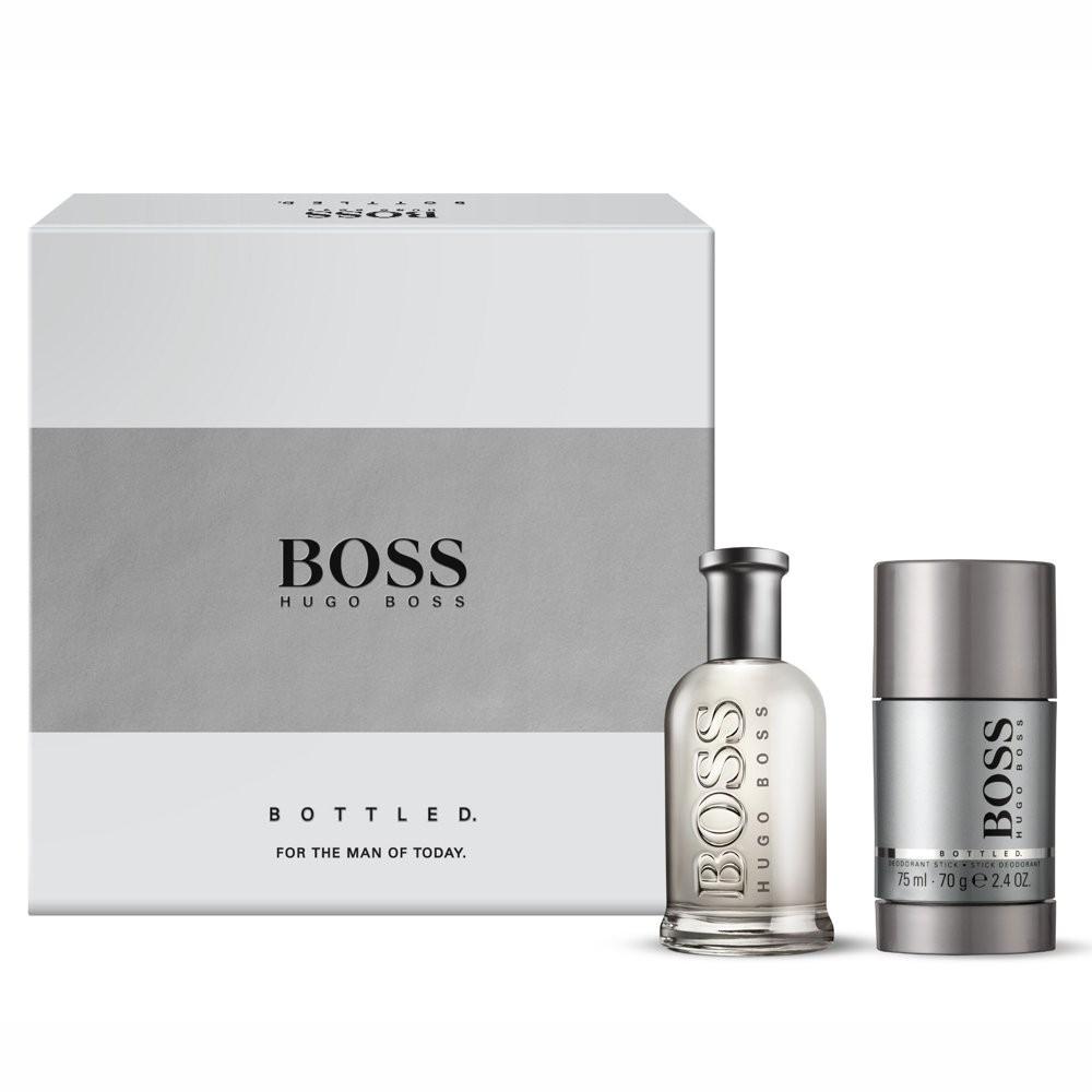 hugo boss bottled night c 39 est une fragrance toute masculine et chic. Black Bedroom Furniture Sets. Home Design Ideas